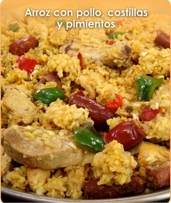 ARROZ CON POLLO, COSTILLAS Y PIMIENTOS