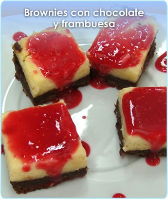 BROWNIES CON CHOCOLATE Y FRAMBUESA