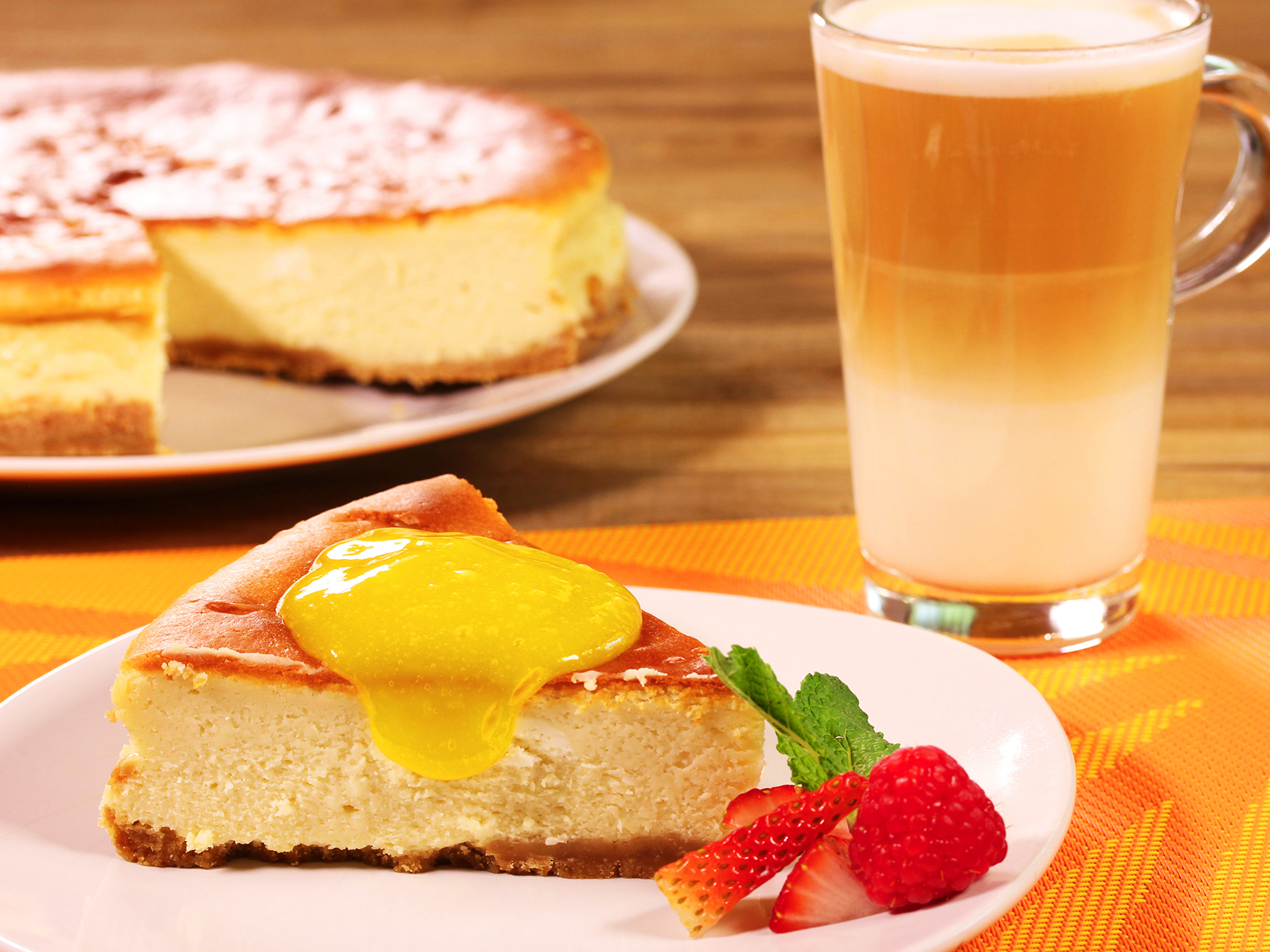 CHEESE CAKE CON MANGO