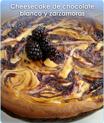 CHEESECAKE DE CHOCOLATE BLANCO CON ZARZAMORAS