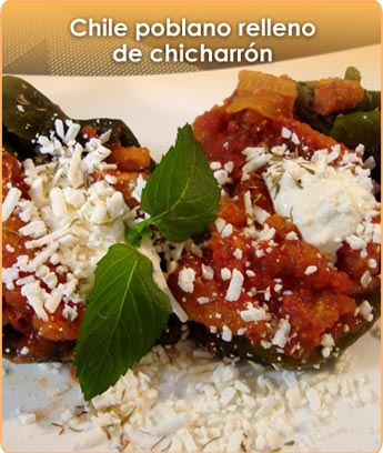 CHILE POBLANO RELLENO DE CHICHARR�N