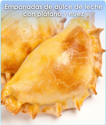 EMPANADAS DE DULCE DE LECHE CON PLATANO Y NUEZ
