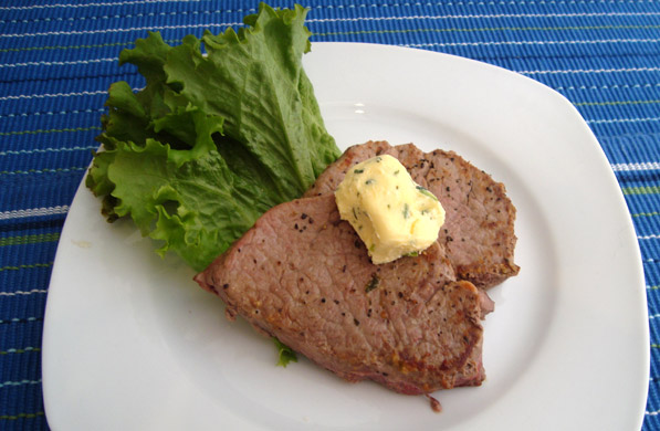 FILETE DE RES CON MANTEQUILLA DE QUESO CREMA