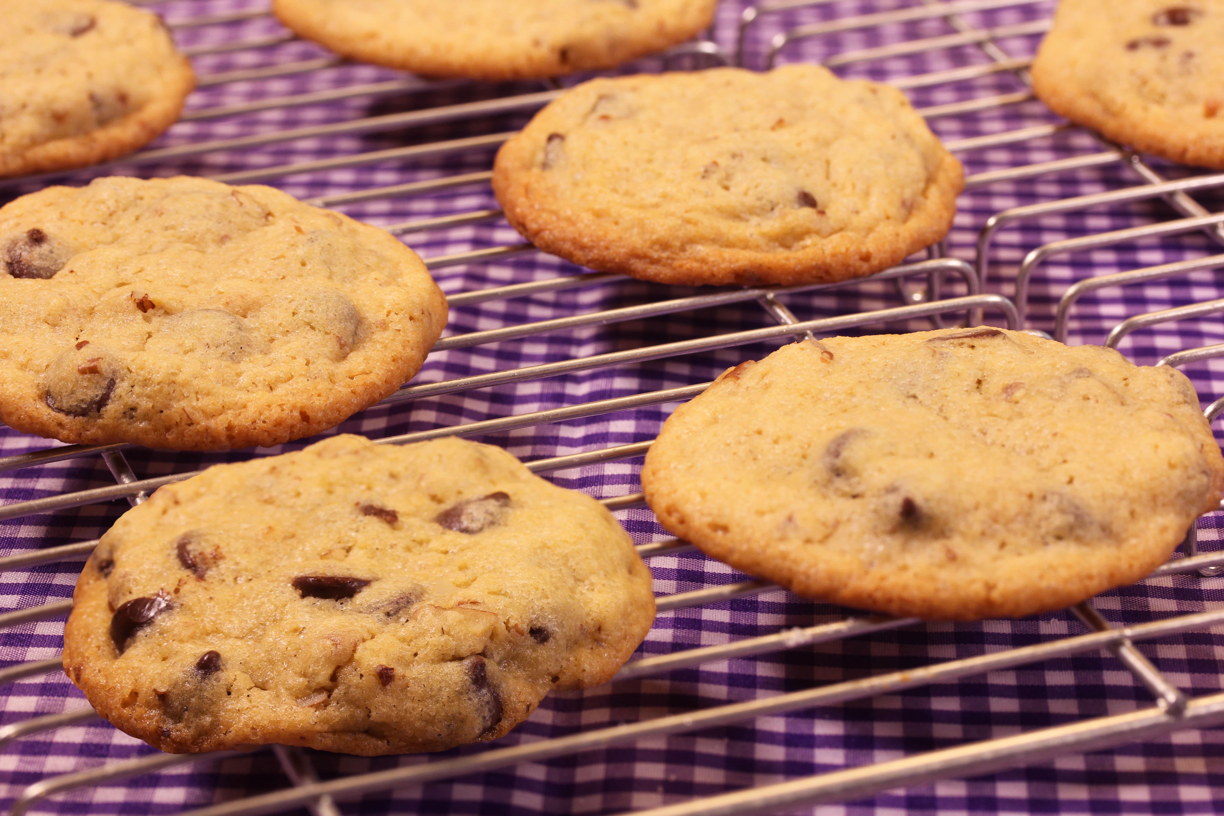 Receta para pteparar galletas de chocochips y nuez