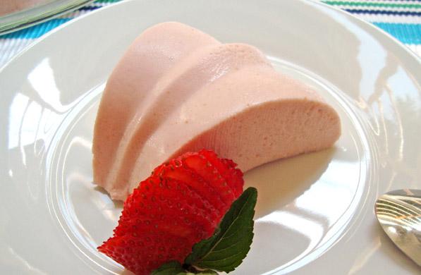gelatina de queso con fresa