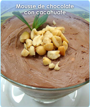 MOUSSE DE CHOCOLATE CON CACAHUATE