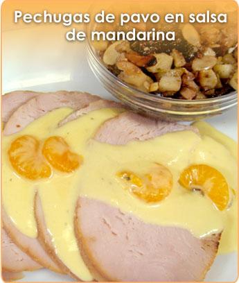 PECHUGAS DE PAVO EN SALSA DE MANDARINA