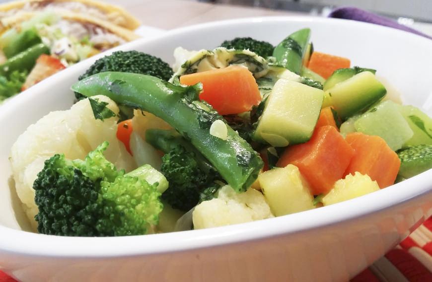 Como hacer verduras al vapor - Como hacer verduras salteadas ...